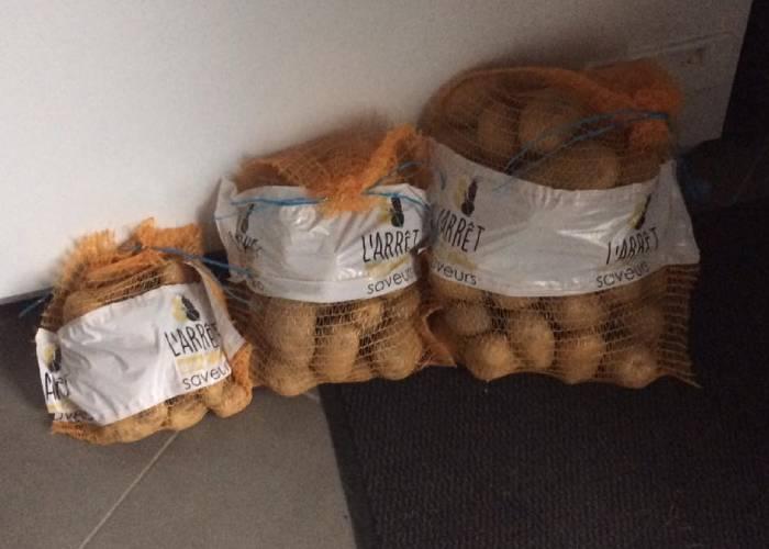 sacs pommes de terre different poids à Cappelle-Brouck